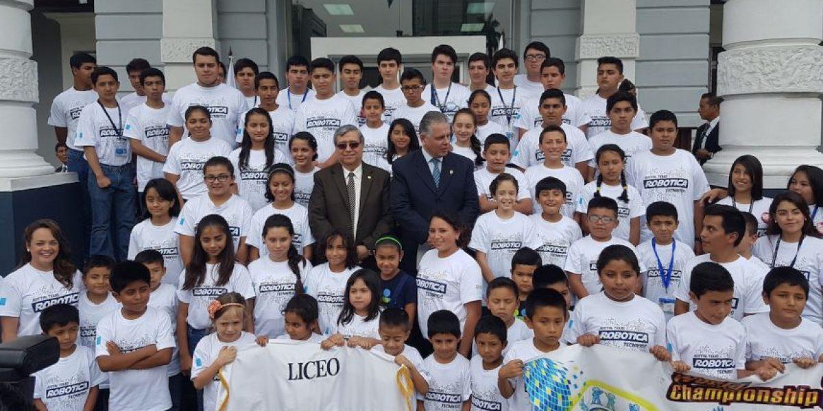 Robótica. Más de 250 guatemaltecos participarán en competencia mundial