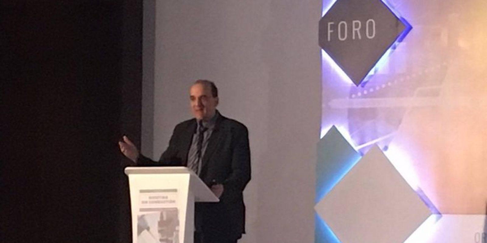 El doctor Farsalinos durante su intervención en el foro. Foto:Publinews