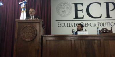 """Velásquez a estudiantes de la Usac: """"Hay que pasar de la protesta a la propuesta"""""""