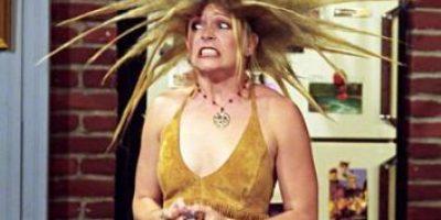 """""""Sabrina, la bruja adolescente"""" luce su silueta de 40 años en bikini"""