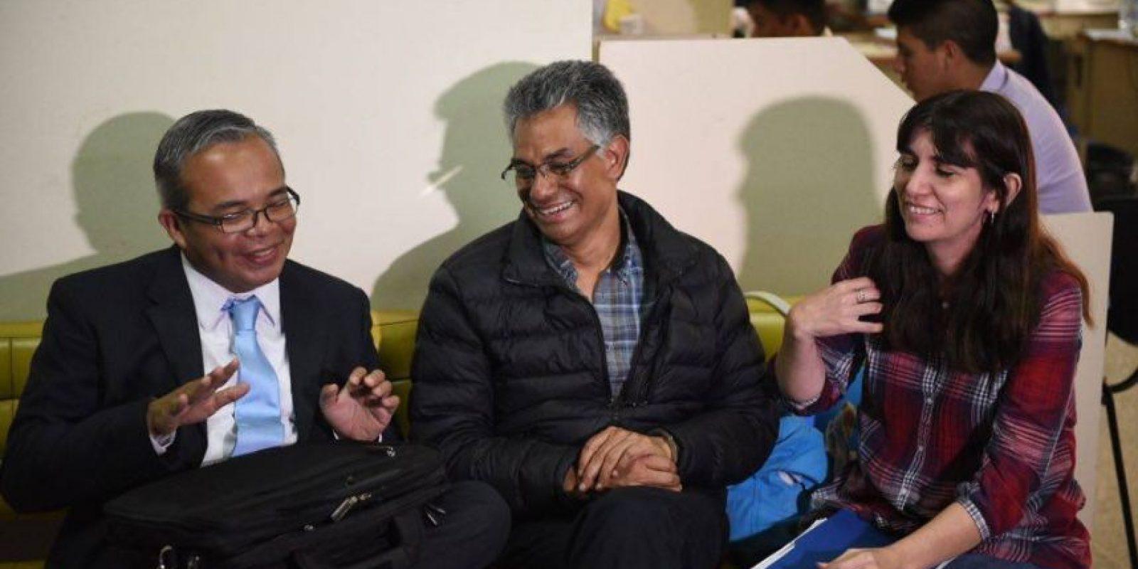 Carlos Muñoz (centro). Foto:Oliver de Ros
