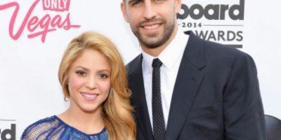 ¿Shakira confirma su tercer embarazo y boda con Piqué?