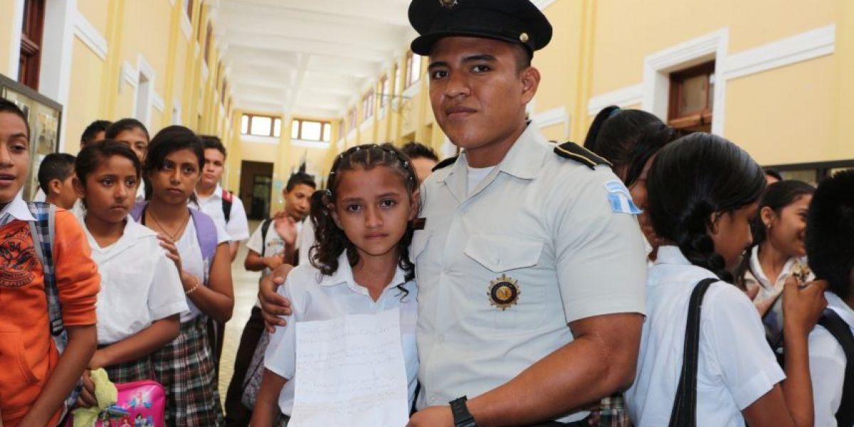 La carta que escribió una estudiante de primaria a la Policía de Guatemala