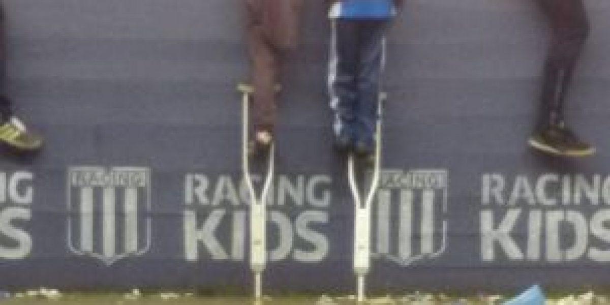 Niño que prestó su muleta para ver el fútbol recibirá prótesis
