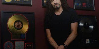 Dave Mustaine rompe en llanto durante homenaje a Nick Menza