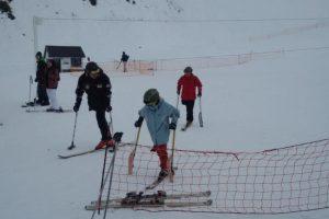 Y esquiar Foto:Vía twitter.com/BonomoSabri