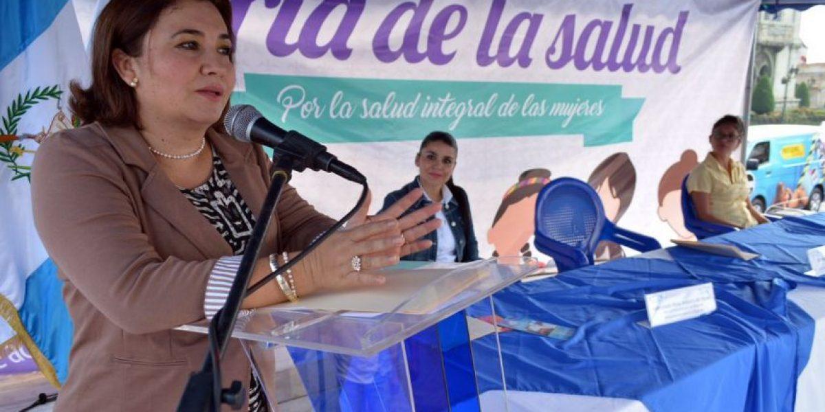 EN IMÁGENES. Realizan feria de la salud de la mujer en Plaza de la Constitución