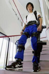 Usualmente son diseñados para permitir caminar o aumentar la fuerza y resistencia a las personas con desordenes de movilidad. Foto:Getty Images