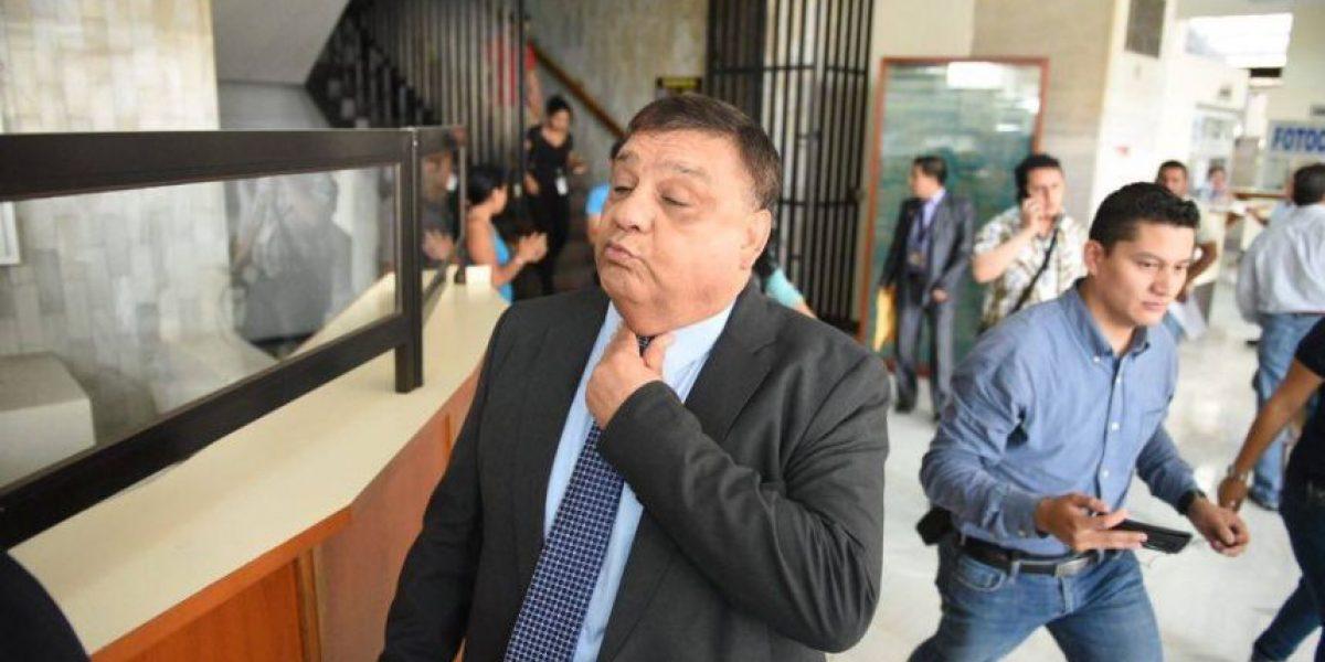 Se entrega exdiputado Carlos Herrera quien es señalado de corrupción en el Congreso