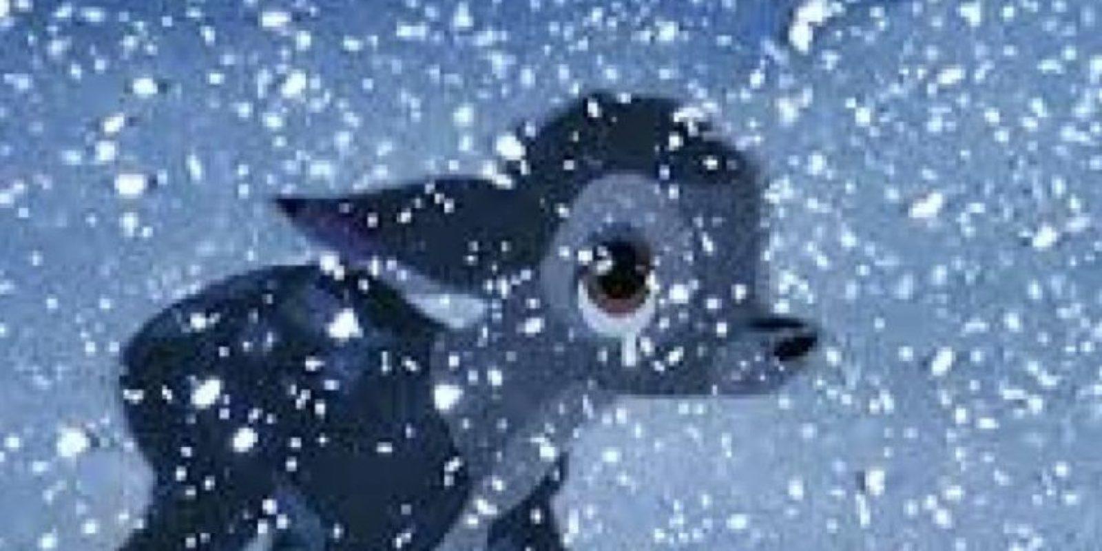 Bambi pierde a su madre. Y eso traumatizó generaciones enteras. Foto:vía Disney