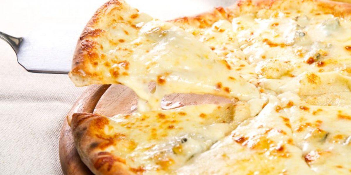 ¡A comer se ha dicho! Llega a Guatemala una pizza para los amantes del queso