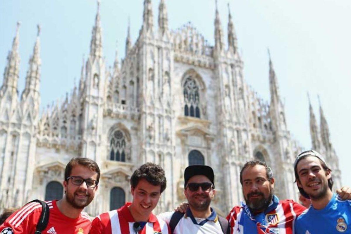 Madridistas y atléticos demuestran que se puede tener una rivalidad sana y sin violencia. Foto:Getty Images