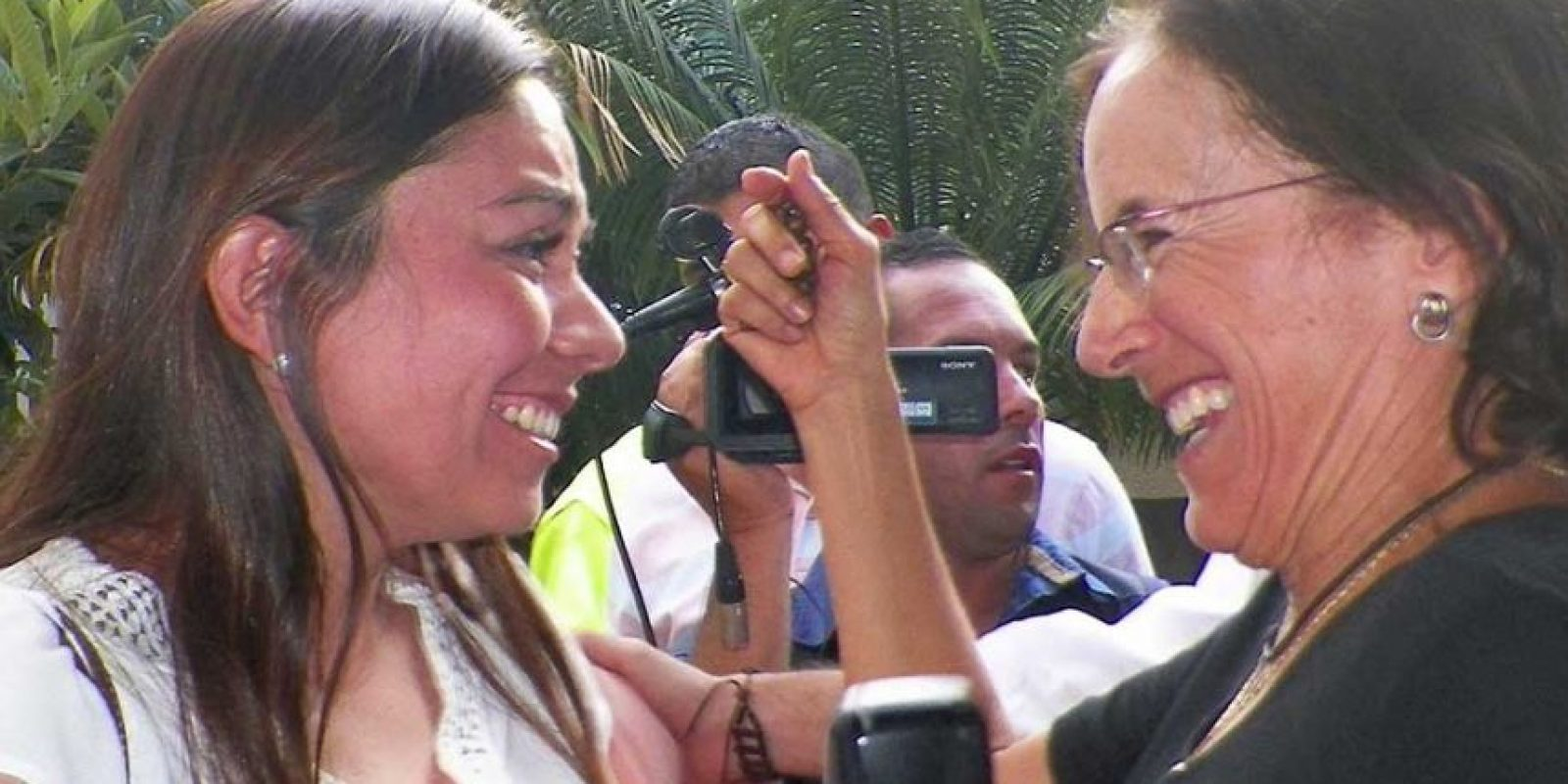 Salud Hernández Mora fue la primera en obtener su libertad Foto:AP