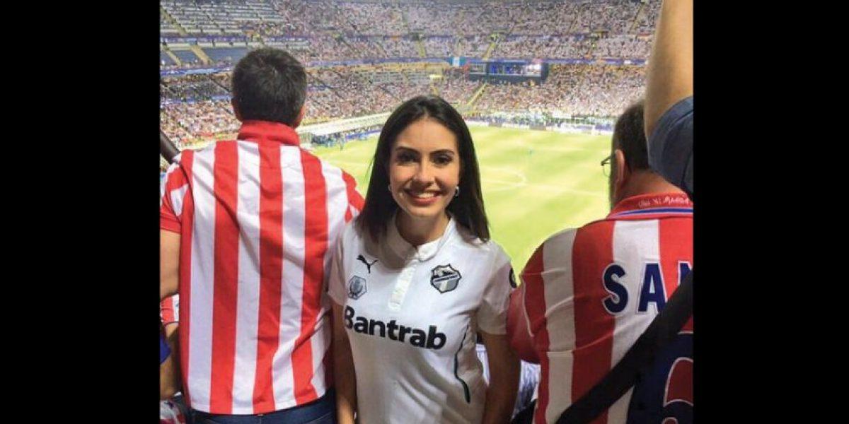 María Renée Pérez envía un #VamosCremas desde Milán
