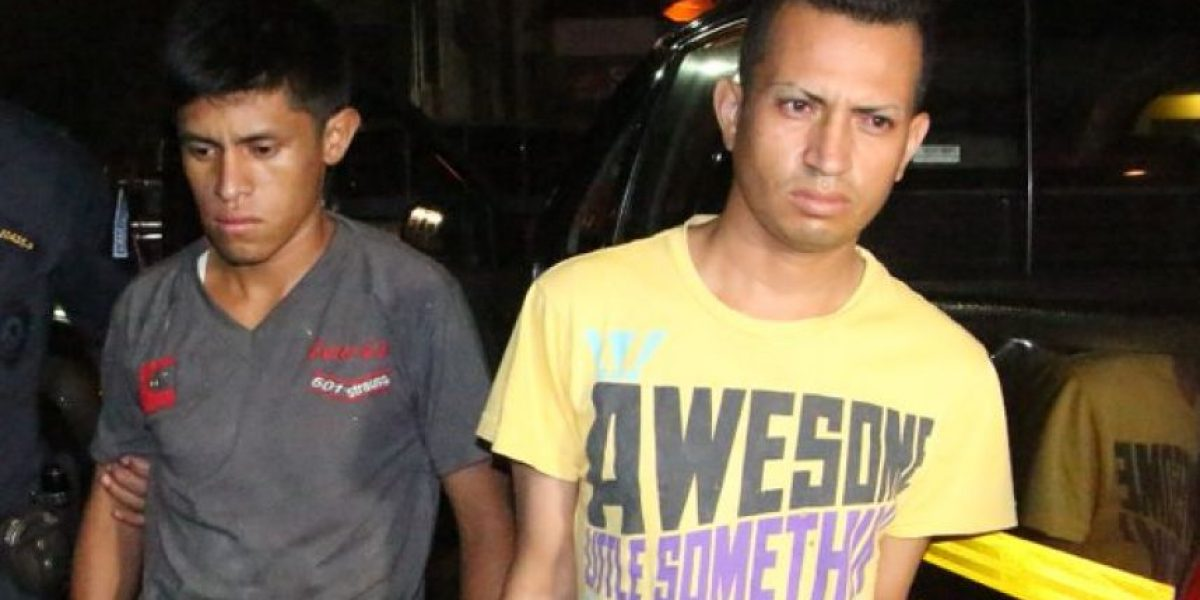 Capturan a dos policías de una residencial señalados de asesinar a un vecino