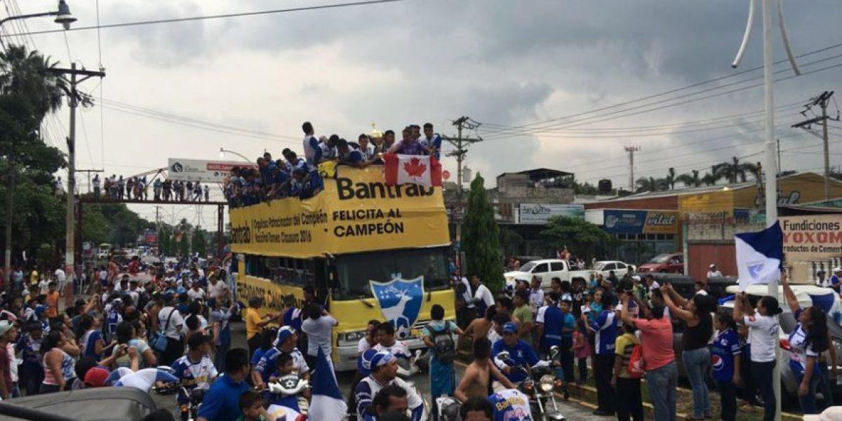 Fiesta en las calles mazatecas por campeonato de Suchitepéquez