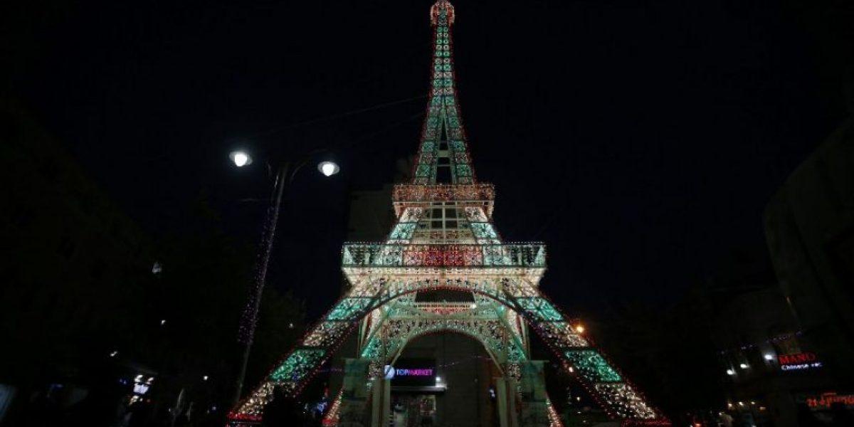 Torre Eiffel se iluminará cada noche con los colores de los equipos de la Eurocopa