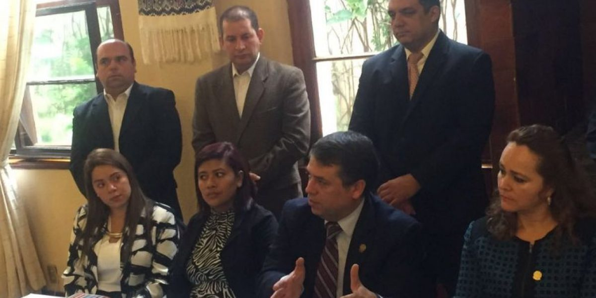 Auditores de la Contraloría pidieron dinero para ocultar información, según comuna de Villa Nueva