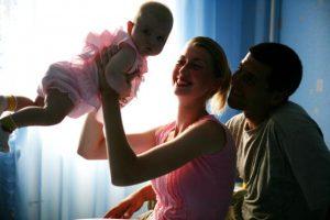Es posible prevenir esta situación con ayuda de programas preventivos que aportan conocimiento sobre la crianza de los hijos. Foto:Getty Images