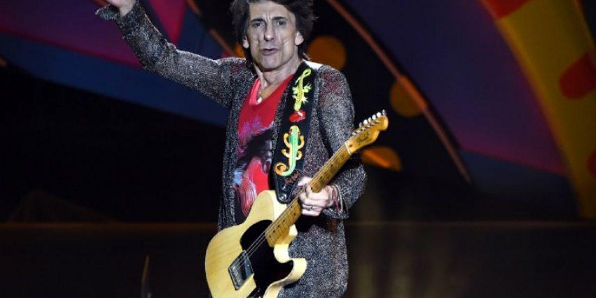 Ron Wood de los Rolling Stones fue padre de gemelas a los 68 años