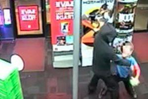 El menor golpeó en el estómago a uno de los ladrones Foto:Departamento de Policía del Condado de Montgomery