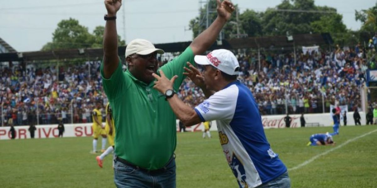 Técnico Duglas Zamora es reinstalado en Deportivo Suchitepéquez