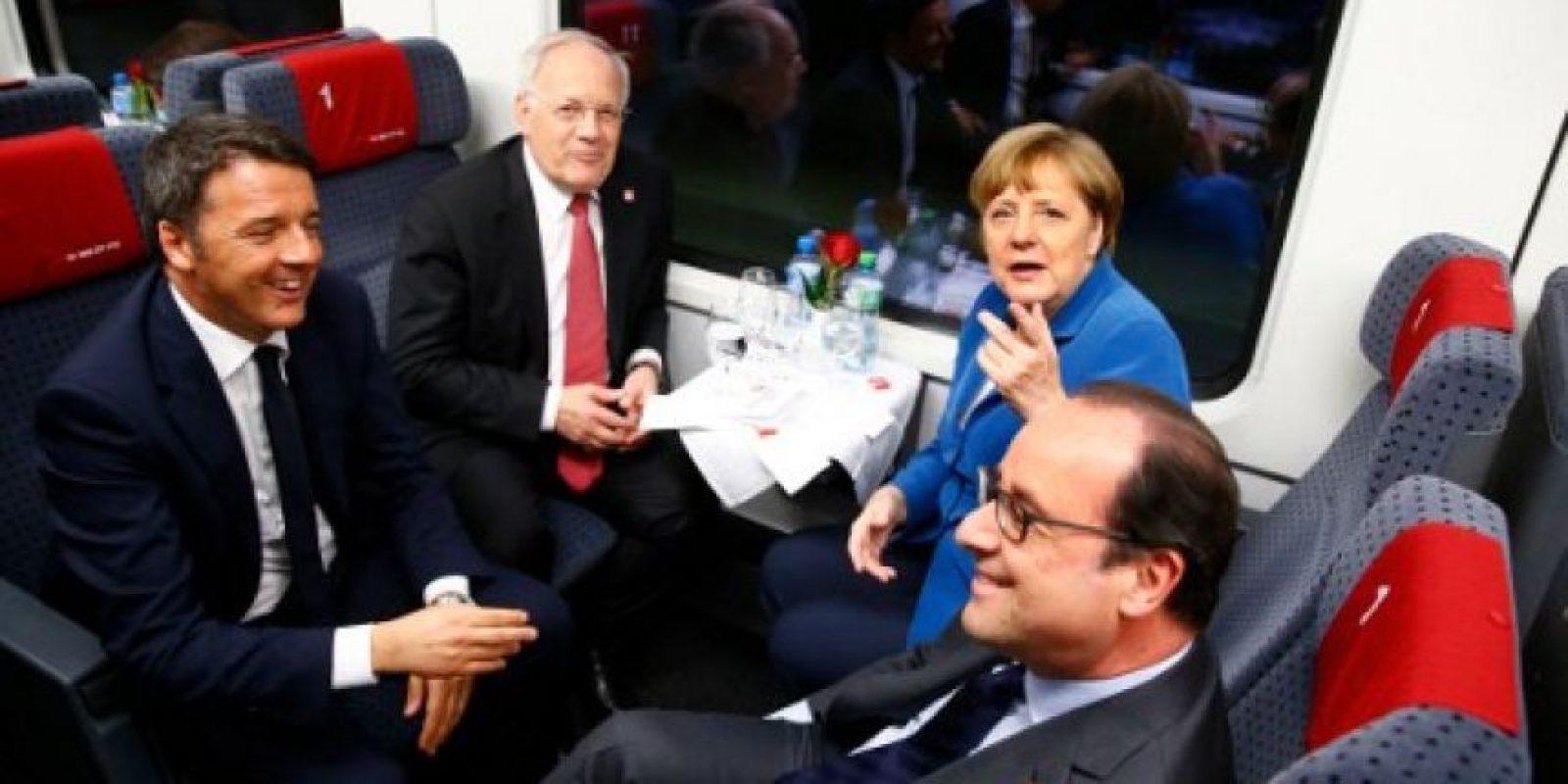 A la inauguración estuvieron invitados, la canciller de Alemania, Angela Merkel, el primer ministro italiano Matteo Renzi, el presidente de Francia, Francois Hollande y por supuesto el jefe de estado suizo Johann Schneider-Ammann Foto:AFP