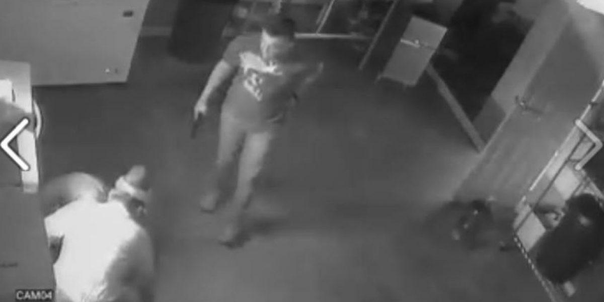 Difunden video de nuevo asalto a mano armada en venta de pollo frito
