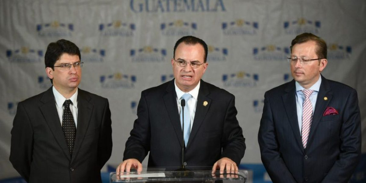 Remueven a dos viceministros del Maga