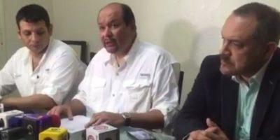 UNE pide la renuncia a los diputados Carlos López y César Fajardo