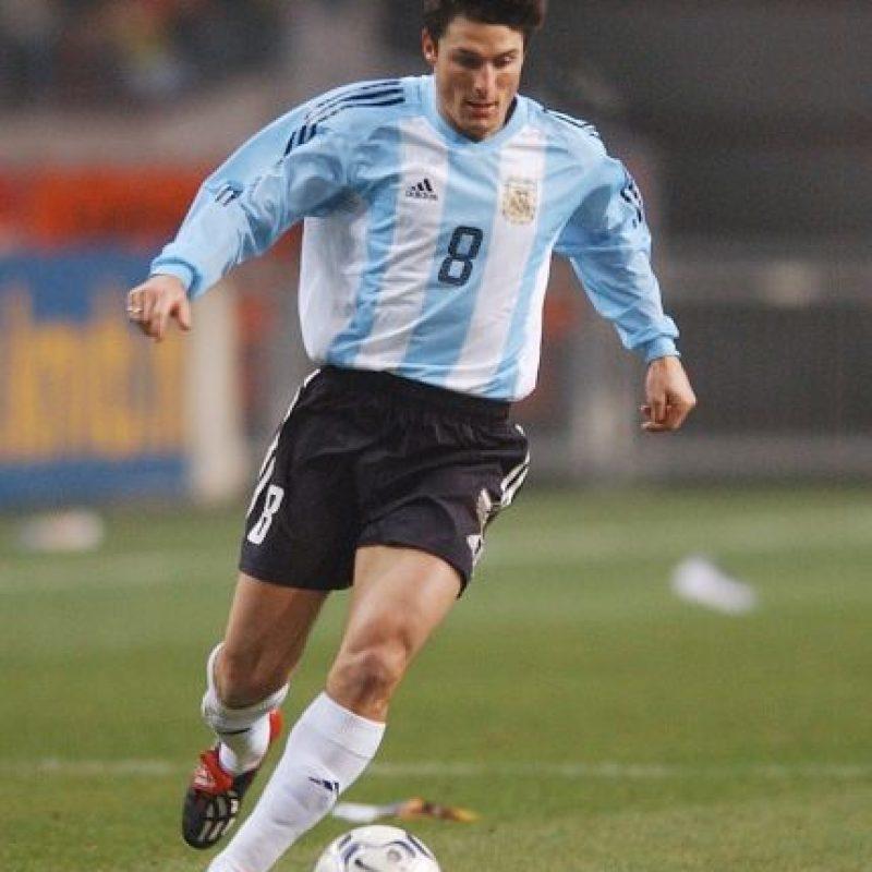 Donde jugaba era considerado un patrón y así fue en su paso por Inter de Milán y en la selección Argentina. Sin embargo, al igual que el resto de su generación, sufrió con la sequía de títulos de su selección, que ya llega a 23 años y que esperarán romper en la Copa América Centenario. Foto:Getty Images