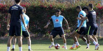 Dunga ha sufrido con las bajas en la previa del torneo y también con la ausencia de Neymar, quien sólo fue autorizado por Barcelona para jugar los Juegos Olímpicos Foto:AFP