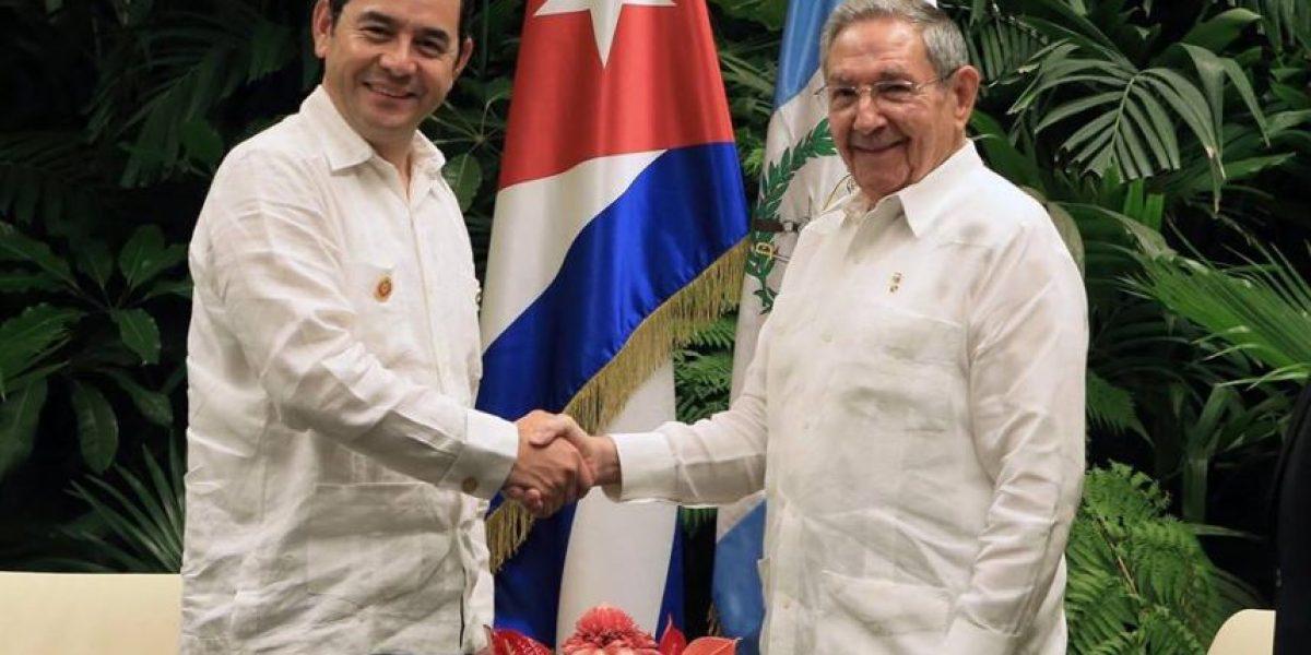 ¿De qué hablaron los mandatarios Jimmy Morales y Raúl Castro?