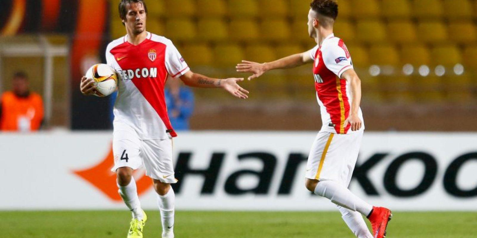 Pieza clave en el sector izquierdo de Portugal, el jugador del Mónaco no podrá estar en la Eurocopa por una lesión en el muslo que sufrió en abril pasado y estará de tres a seis meses fuera de las canchas. Foto:Getty Images
