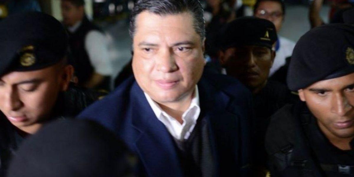 Con nuevo look, Gustavo Martínez dice en su tercer proceso: