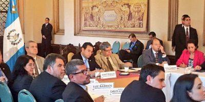 Jimmy Morales encabeza discusión de nueva tanda de reforma electoral
