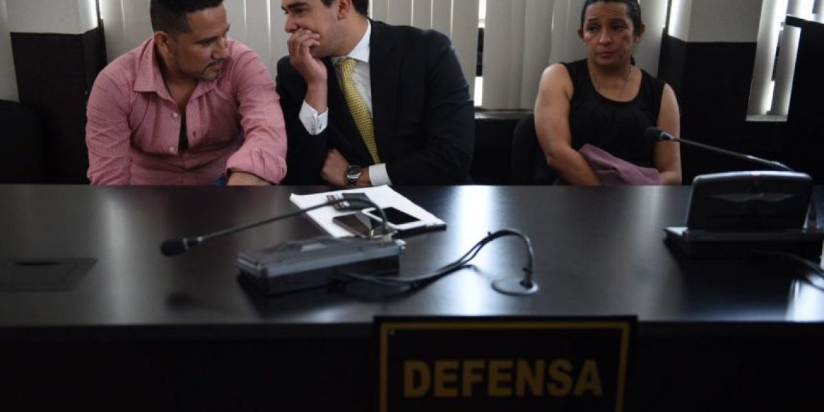 Condenan a dos colaboradores del exdiputado Pedro Muadi por caso de plazas fantasma en el Congreso