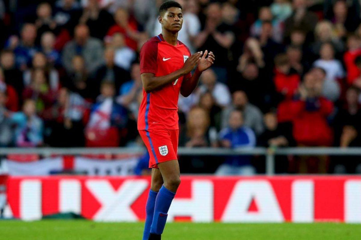 Desde que debutó con el primer equipo de Manchester United en febrero pasado, el ascenso del joven delantero de 18 años ha sido meteórico. La nueva sensación del fútbol inglés ha marcado ocho goles en los quince partidos que ha jugado con la camiseta de los Diablos Rojos y marcó en su debut con la camiseta de Inglaterra. Es el llamado a renovar la delantera inglesa. Foto:Getty Images