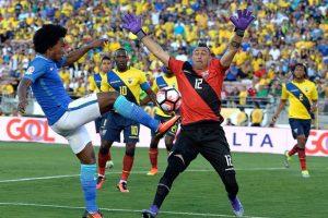 Brasil está obligado a ganar para seguir con chances de avanzar a cuartos de final Foto:Getty Images