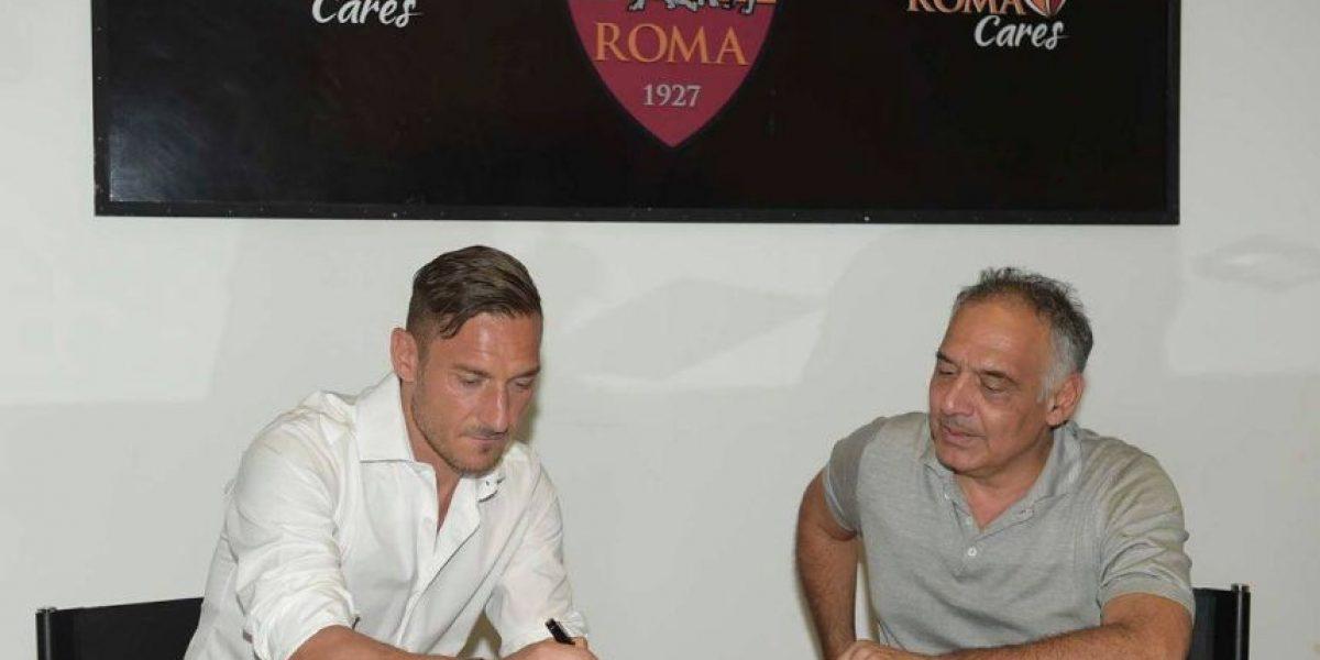 Con casi 40 años el AS Roma renueva a su legendario capitán