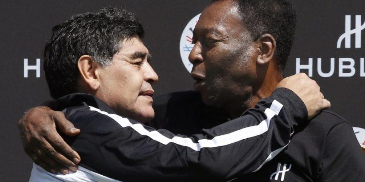 Maradona hizo las paces con Pelé y le lanzó dardo
