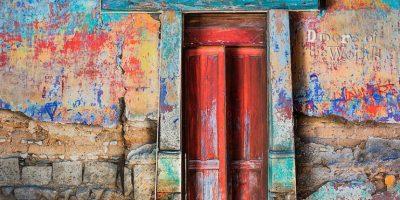 ¡Impresionante! Artista exhibe las puertas más hermosas de Guatemala