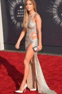 Por mostrarlo, sea desnuda o vestida. Foto:vía Getty Images