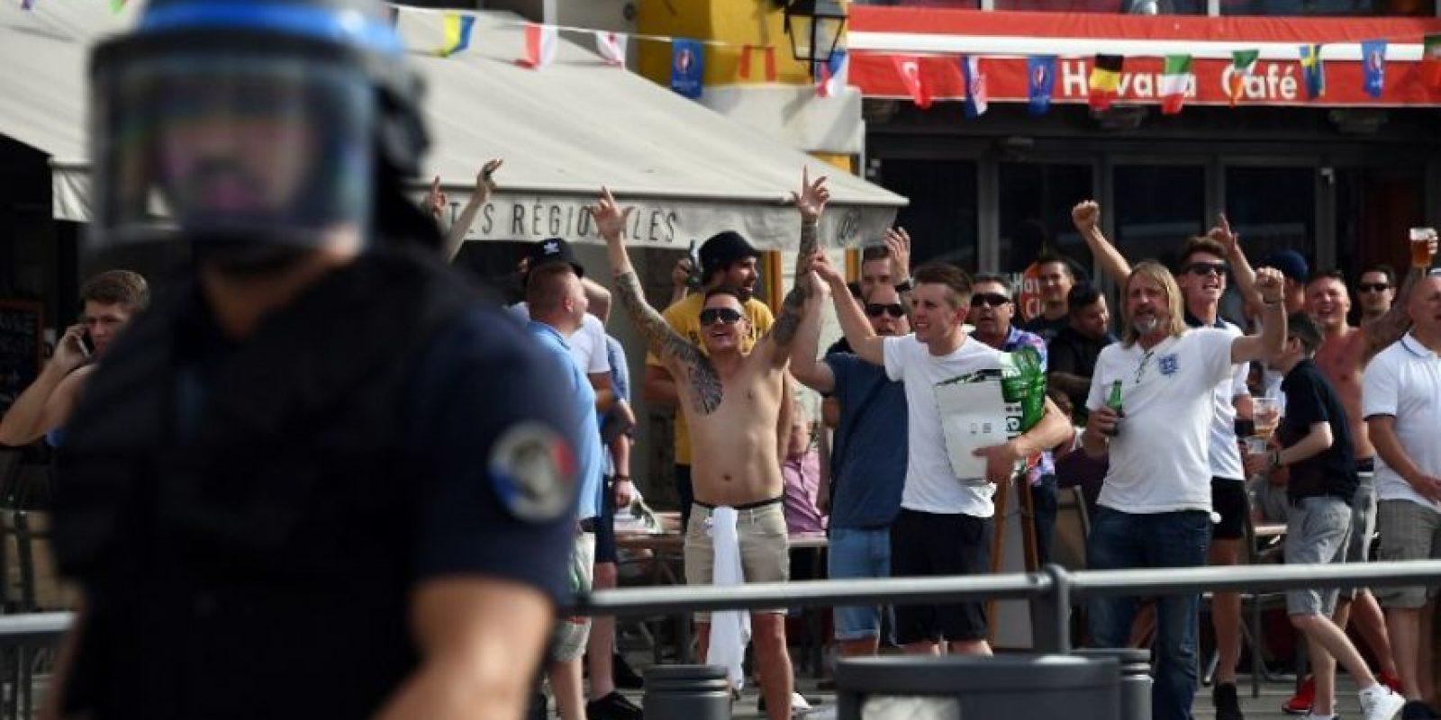 Los gases lacrimógenos volvieron a aparecer Foto:AFP