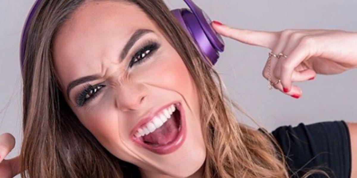 La locutora guatemalteca Michelle Cruz derrocha belleza en las redes sociales