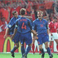 Los hermanos De Boer son de los emblemáticos que compartieron selección Foto:Getty Images