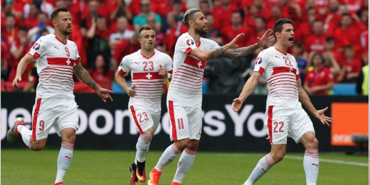 En un juego lleno de fallos Suiza logra su primer triunfo en la Euro