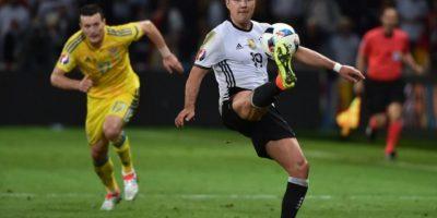 La campeona del mundo encontró la tranquilidad en el marcador en el tiempo de reposición. Foto:AFP