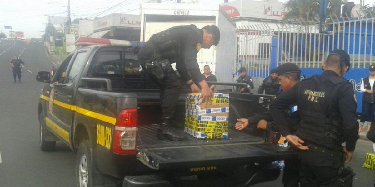 Decomisan más de 350 paquetes de supuesta cocaína en Villa Nueva
