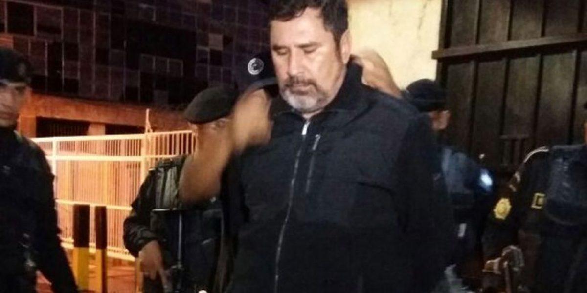 Exministro Ulises Anzueto Girón se entregó en Tribunales
